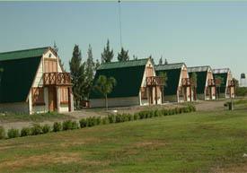 Campo Argentino - Complejo Turístico de Cabañas - arquitectura