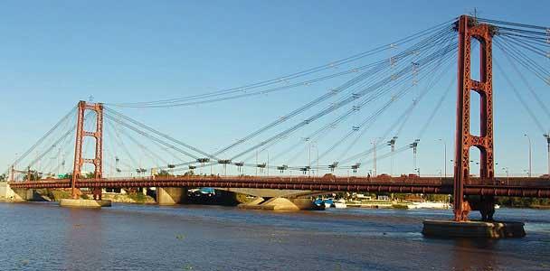 Santa Fe Capital - El puente colgante sobre la laguna Setúbal
